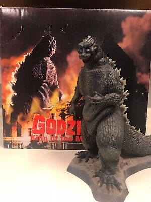 "Godzilla -King Of The Monsters 12"" Resin X-Plus Statue"