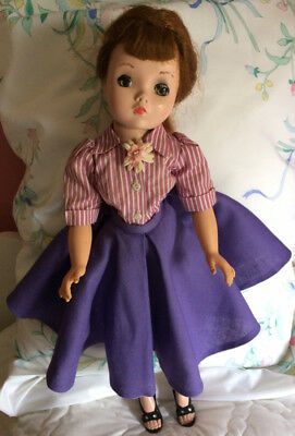 "1950s Antique Madame Alexander ""Cissy"" Doll w/ 4 Dresses & Shoes, Vintage Toy"