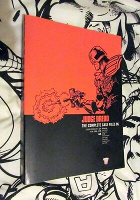 Judge Dredd The Complete Case Files 6