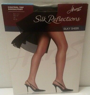a463c5c911282 Hanes Silk Reflections Silky Sheer Control Top Sandalfoot Size EF Jet Black  NEW