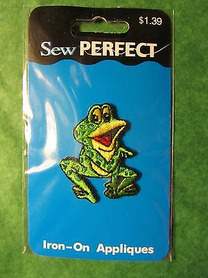 "SEW PERFECT GREEN FROG IRON-ON APPLIQUE - APPROX 1&1/4"" x 1&5/8""-NIP"