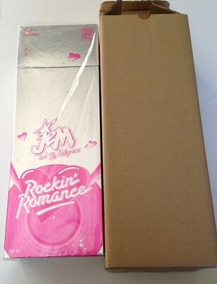 2014 SDCC Comic-Con Exclusive Hasbro Jem and the holograms Rockin Romance Doll