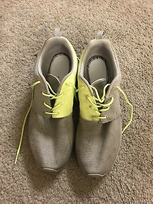 f1517d618995f Nike Men s Rosherun QS Roshe Run Split Pack Stone Volt OG DS 511881-070