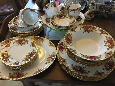 Royal Albert Old Country Roses Tea Dinner service - select items - all 1973-1982