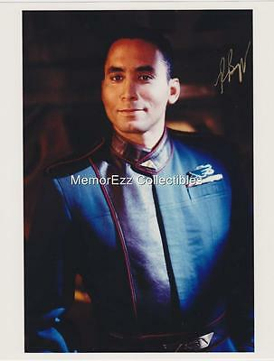 BABYLON 5 Richard Biggs SIGNED Autograph 8x10 Color Photo