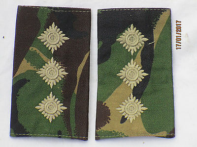 Captain, Shoulder Marks on DPM, Combat Dress, Pair, Hauptmann