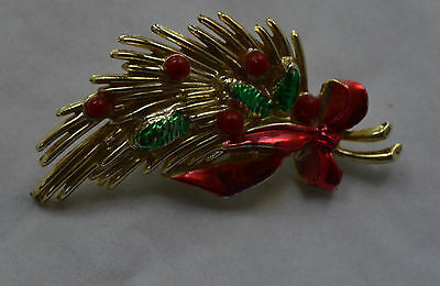 Vintage Painted Christmas Bouquet Pin/Brooch ***** Free Shipping *****
