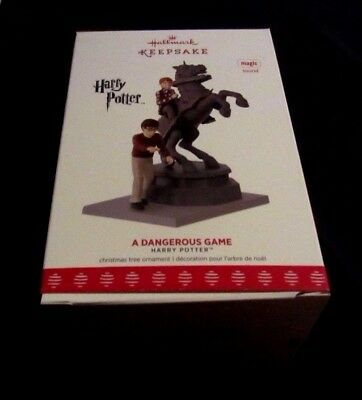 Hallmark Ornament Harry Potter 2017 A Dangerous Game~New~Box Good W/price Tag!