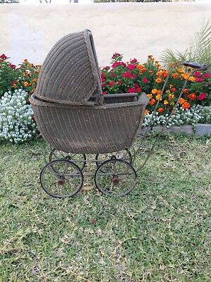 """Antique Heywood Wakefield Baby Carriage/Buggy Green 25"""" tall"""