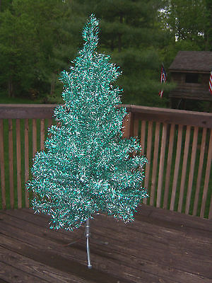 Rare Beautiful Vintage 6 Ft Emerald Green/silver Beautiful Full Aluminum  Tree