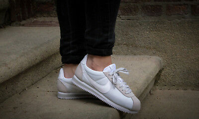 timeless design 85d5e cc6c7 NIKE CLASSIC CORTEZ Nylon Women`s Shoes Training Running Athletic New Sz  10.5