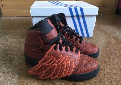 differently e8360 9fe52 Adidas Originals JS Jeremy Scott Wings Red SIZE 4 S77803