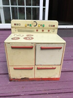 1950 Vintage Wolverine Toy Kitchen Stove Metal Playset Doll Oven Cooking Tin Toy