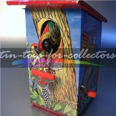 Tin Money Bank - Woodpecker- -Specht - Kurbelmechanik - Lithographiert