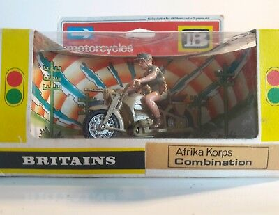 Britains ww2 german afrika korps bmw combination Deetail crew boxed 1970s  1:32