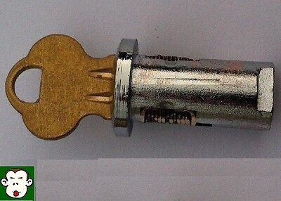"NEW 1/4"" LOCK & KEY for EAGLE, VISTA, NAV or ASTRO Gumball Bulk Vending Machine"