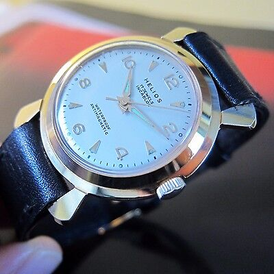 NEW OLD STOCK SWISS MADE Vintage HELIOS Mens wristwatch 1950s-MINT