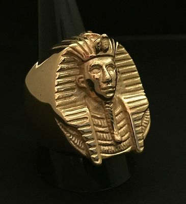 Tutankhamun Egyptian pharaoh Large Gold Ring Heavy 31 Grams Ornate Mask King Tut