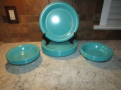 Lot of 16 Kasen Peter Pan Dishes. 8 Dinner Plates 8 Bowls Aqua Turquoise