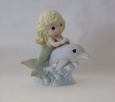 """Precious Moments """"Water I Do Without You"""" Sea Of Friendship Series Collectible"""