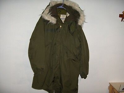 """Vintage Military Extreme Cold Weather Field Jacket W/ Liner & Hood 52"""" Chest A1"""