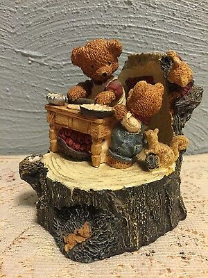 Resin mother and son bear baking pies music box