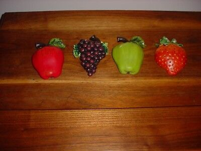 4 Pc Bright Chalkware Kitchen Wall Hanging Fruits Apple,grapes,strawberry