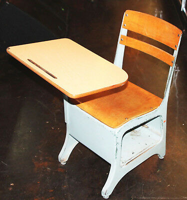Lot of 3- Vintage School Student Child Desk/Chair ENVOY American Seating Style B