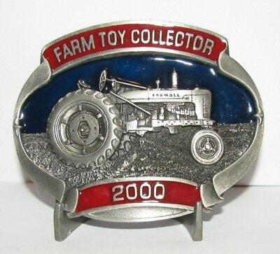 2000 IH International Harvester Farmall M Tractor Belt Buckle Limited Ed 139/500