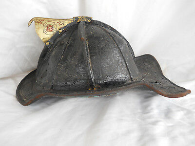 Vintage/Antique CHICAGO FIRE DEPT Cairns New Yorker Leather Fire Helmet-1947