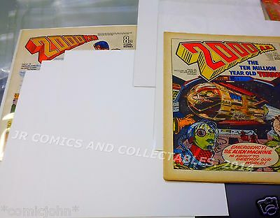 100 x OLD SIZE 2000 AD COMIC BACKING BOARDS.  SIZE F