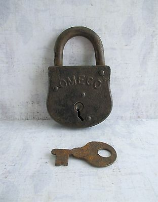 Vintage Omeco Padlock and Working Key (T)