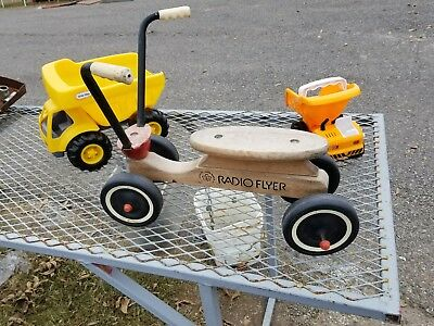 Vintage RADIO FLYER Wooden Toddler Scooter Beginner Tricycle Hard Wood Maple