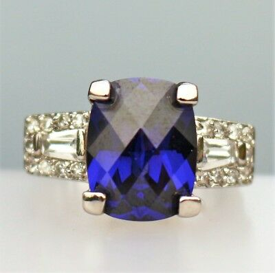 Sterling 925 large faux Blue saphire - cz and clear cz stones 8.3g RING size 7