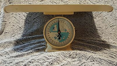 Vintage Scale, Yellow Infant Scale, Ounces and Pounds, Unmarked