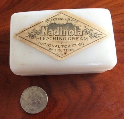 Vintage Nadinola Bleaching Cream White Milk Glass Cosmetic Beauty Jar with Lid