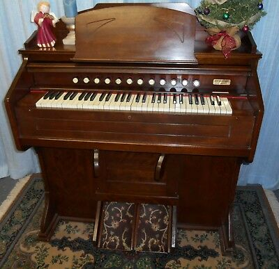 Antique Estey 1930s  Schoolhouse  Reed-Pump  Organ ~ Restored and ready to enjoy