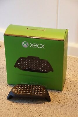 Original Microsoft Xbox One Chat-Pad Clavier mit Headset