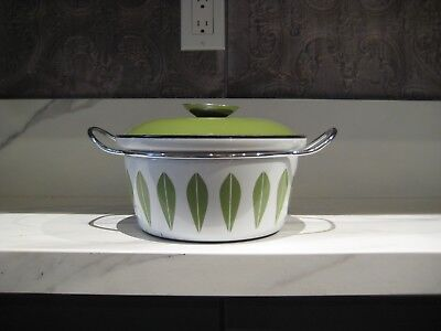 Vtg Cathrineholm Green Lotus Casserole with Lid Norway