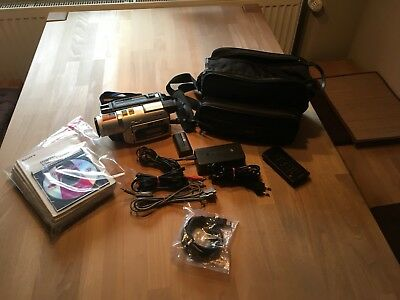 Sony DCR-TRV420E PAL Digital 8 (Hi8, Video8) Handycam Camcorder