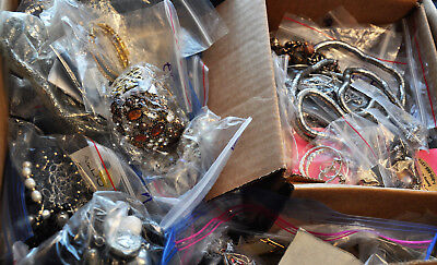 Vintage Now ESTATE Mixed Jewelry LOT 5LB Gold Silver tone pearls faux rhinestone