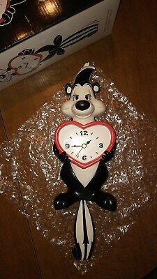 Warner Bros Pepe Le Pew Tail Swinging Clock Eye and Tail Pendulum Movement
