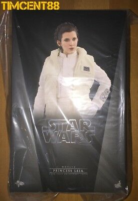 Hot Toys MMS423 Star Wars Empire Strikes Back Hoth Princess Leia Carrie Fisher