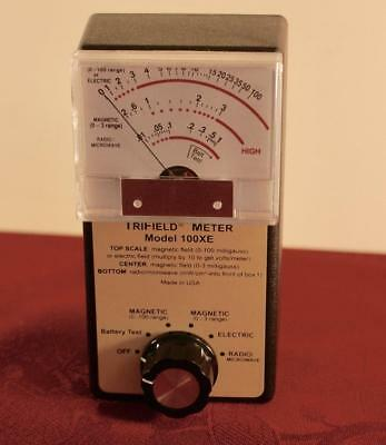 Trifield Meter ~ Model 100 Xe ~ Light Use Very Good Condition