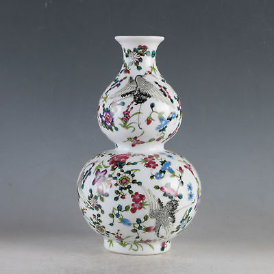 China Porcelain Hand-Painted Crane&Flowers Vase Made During The Da Qing Qianlong