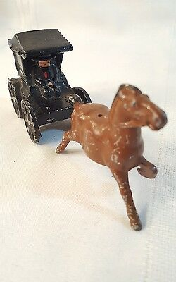 Vintage Amish Man/Carriage & Horse Cast Iron Salt & Pepper Shakers 716