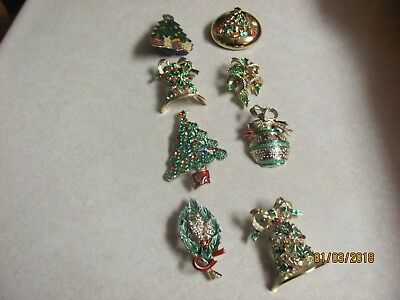 Lot of  8 Christmas Vintage Brooches Pins 1 working Musical  6 GERRY SIGNED
