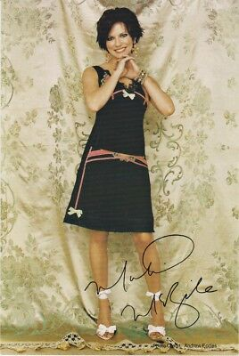Martina McBride Official Fan Club Autograph Picture Card, Country Music