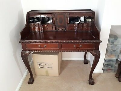 Reproduction Victorian Desk in warm Mahogany.
