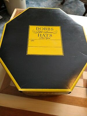 Vintage Dobbs 5th Avenue  Hat Box